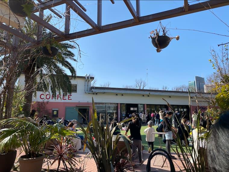 カフェの外観の画像