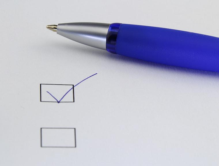 青いペンの画像